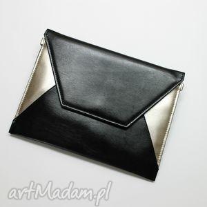 Kopertówka - czarna i boki srebrne, wizytowa, wieczorowa, elegancka, nowoczesna