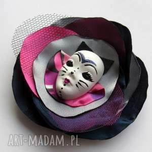 koteczek - broszka z kolekcji masquerade - kot kwiat, maska, ozdoba, przypinka