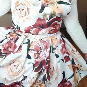 fartuch jak sukienka róże, fartuszek sukienkowy, kuchenny