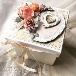 Eksplodingbox na ślub i chrzest papierowa kraina prezent