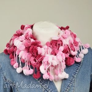 szaliki pom-pon scarf - różowy, nowoczesny, miękki, delikatny, ciepły