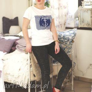 damska bluzka koszulka t-shirt bawełniana z fajnym nadrukiem miss turnusu