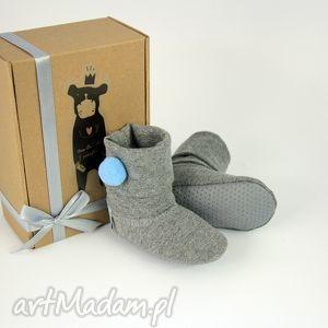 buciki bambosze hand made niebieski pompon, babyshower, prezent, roczek, zima