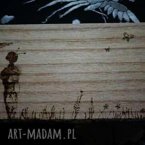 Pudełko Geiszy - ręcznie wypalane drewniane puzderko, geisza, łąka, japonia,
