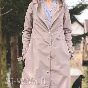 płaszcz przeciwdeszczowy beżowy, przeciwdeszczowy, kaptur, lekki, wiosenny, jasny