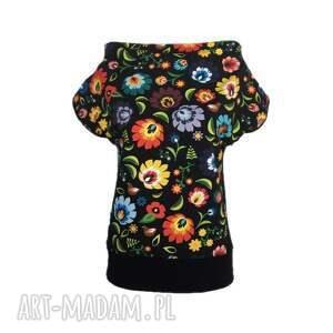 folkowa czarna bluzeczka, bluzka, folklor, motyw folkowy, folk, folkowe