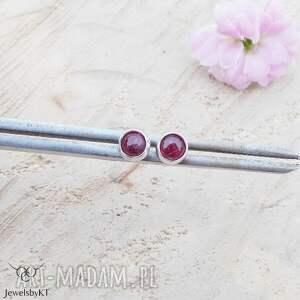 mini kropki rubinu - kolczyki