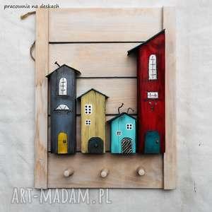 Prezent kolorowe domki wieszak, kolorowe-domki, drewniane, malowane-ręcznie, do-domu