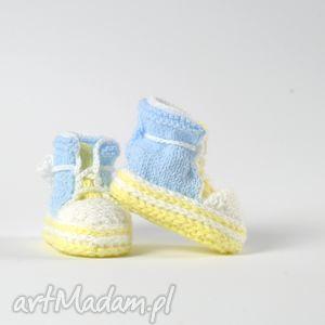 ręczne wykonanie ubranka trampki niemowlęce little blue