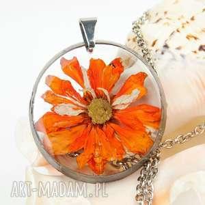 hand made naszyjniki z1235 naszyjnik z suszonymi kwiatami, herbarium jewelry, kwiaty