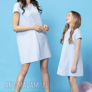 komplet letnich sukienek z kontrafałdą na plecach, model 32, jasnoniebieski