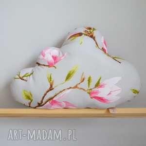 pokoik dziecka poduszka chmurka magnolie, magnolia, w kwiaty