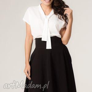 Spódnica Sandra 2, rozkloszowana, midi, wygodna, modna, kieszenie, elegancka