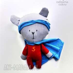 ręcznie wykonane maskotki super bohater - miś kieszonkowy