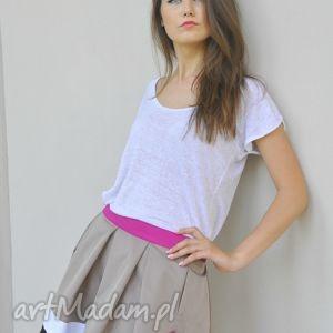 spódnica butterfly skirt, spódniczka, rozkloszowana, kieszenie, sztywna, lato