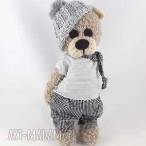 handmade zabawki krzyś - szydełkowy miś, personalizacja