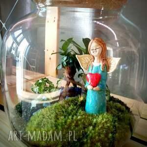 ceramika aniołek ceramiczny z sercem - miniatura, ceramika, aniołek, serce, lasy