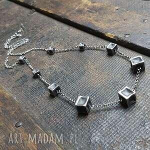 naszyjnik srebrny z kostkami, oksydowany, kostki