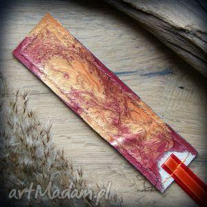 Skórzana malowana zakładka do książki Rdzawa Zamieć, jesień, zakładka, skórzana