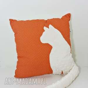 poduszka z kotem i ogonem 3d kremowy kot na lisim maczku, poduszka-z-kotem