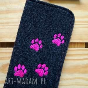 filcowe etui na telefon - łapki, smartfon, pokrowiec, prezent, motyw zwierzęcy