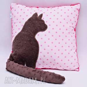 poduszka z kotem i ogonem 3d brązowy kot w gwiazdkach, poduszka, kot, kotek, minky