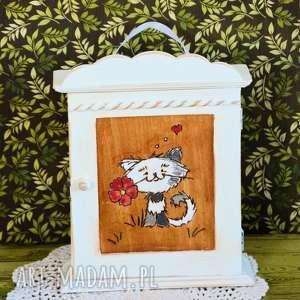 szafka na klucze - zakochany kotek, szafka, skrzynka, klucze, drewniana