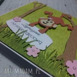 handmade scrapbooking kartki zaproszenie / kartka małpki w lesie błekit/róż