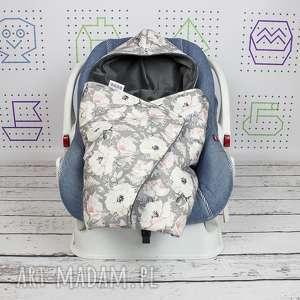Kocyk do nosidła samochodowego velvet magnolie dla dziecka