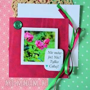 kartki kartka - nie mów już nic tylko całuj, kartka, fotografia, róże, miłość