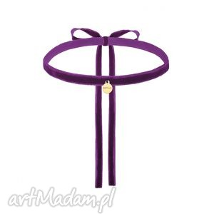 fioletowy aksamitny choker ze złotą zawieszką - naszyjnik