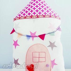 podusia domek gwiazdki - ,poduszka,domek,pastelowa,girlanda,proporczyki,