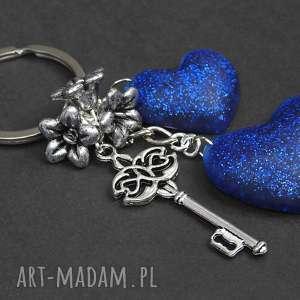 mela brelok do kluczy torebki serca żywica 0019, brelok, żywica, serce, chaber, klucz