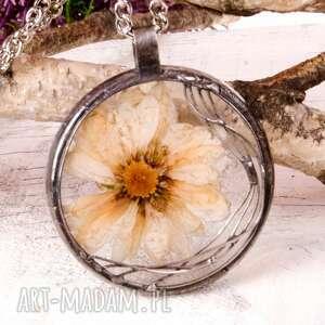 z1113 naszyjnik z suszonymi kwiatami herbarium, naszyjnik, biżuteriazżywicy