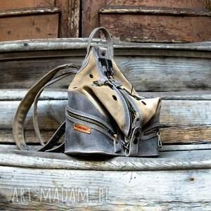 ręcznie zrobione skórzany plecak i torebka na ramię w jednym wykonany kolorach beż szary
