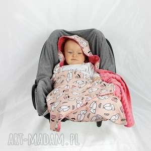 KOCYK DO FOTELIKA SAMOCHODOWEGO Róż, kocyk, nosidło, fotelik, samochód, niemowlę