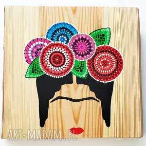 frida obraz na drewnie, dot-art, dot art, kropki, drewniana ozdoba, drewniane