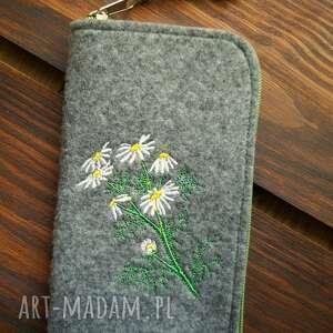 filcowe etui na telefon - polne kwiaty, smartfon, pokrowiec, kwiatki, natura