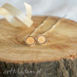 drewniane kolczyki w srebrze - przewlekane, przekładane, drewno, natura, naturalne
