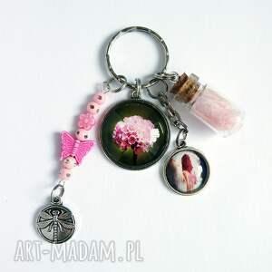 breloczek - różowy kwiat, wróżka, piórko, breloczek, do kluczy, wróżka
