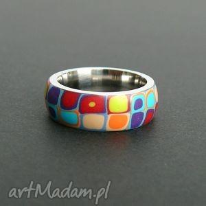 obrączka ze stali z polymer clay, obrączki, kolorowe, retro, geometryczne