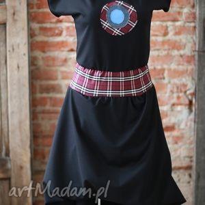 black magic-sukienka z limitowanej kolekcji, elegancka, wymyslna, ekstrawagancka