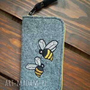 etui filcowe na telefon - pszczółki, smartfon, pokrowiec, futerał, prezent