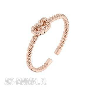 pierścionek z węzełkiem z różowego złota sotho