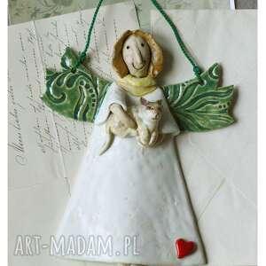 Anioł z kotkiem ceramika wylegarnia pomyslow ceramika, anioł