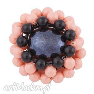 sotho czarno-łososiowa broszka perły swarovski® elements