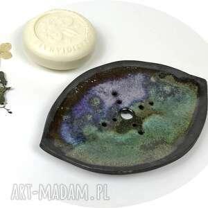ceramiczna mydelniczka ręcznie robiona fioletowa łódź, akcesoria łazienkowe
