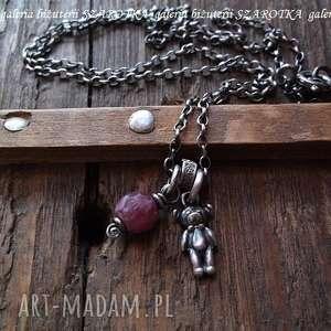 sŁodziakowy naszyjnik z rubinu i srebra - rubin, srebro, oksydowane, miś, misiek