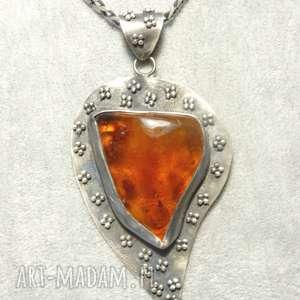wisiorek srebrny z bursztynem oksydowany - srebro, oksydowany, bursztyn