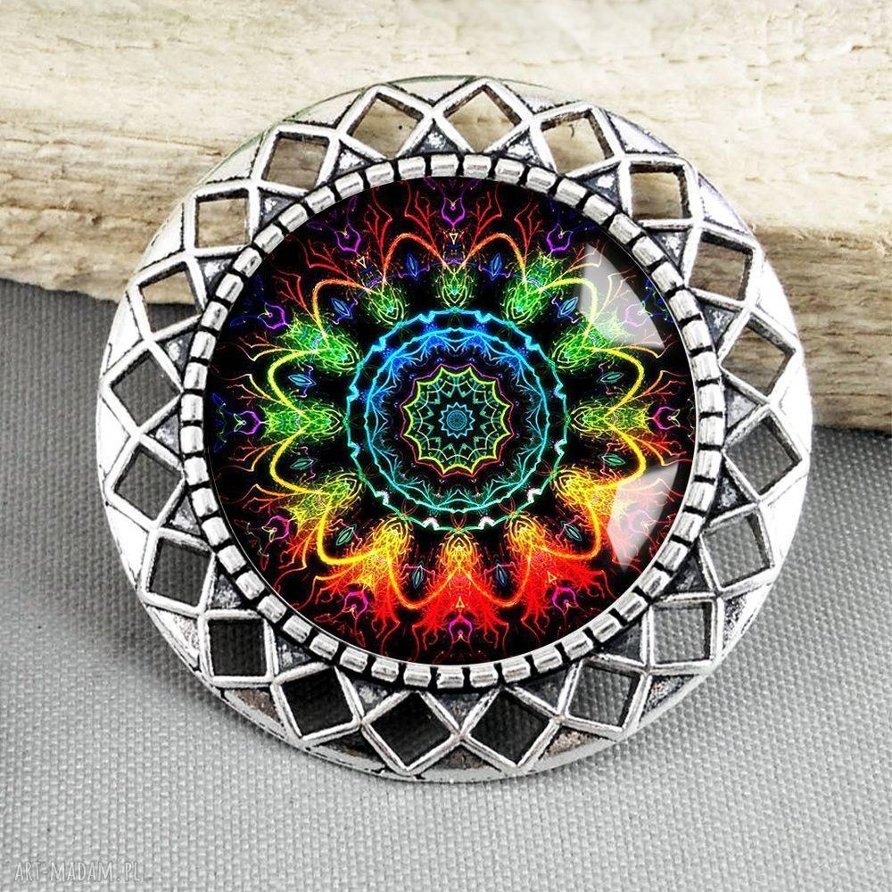 ręcznie zrobione broszki broszka mandala kolorowa- piękna i stylowa z ażurem